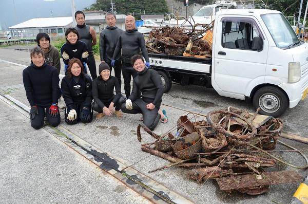 龍郷ダイビング組合海中清掃2